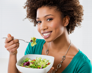 woman-eating-healthy